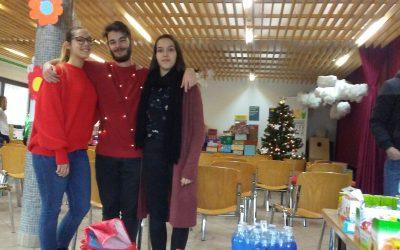 Božiček za en dan tudi letos obdaril otroke